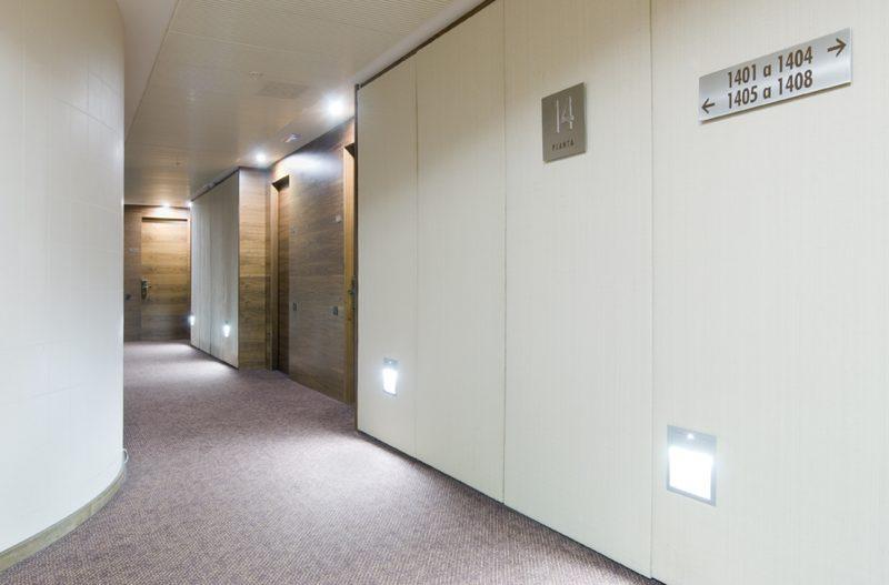 diseño interior pasillos hotel
